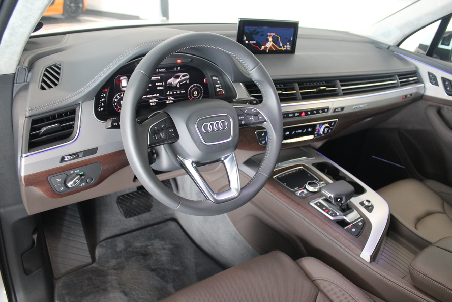 Audi Q7 55 TFSI quat 333hp Luxury Design (Ref.#5517) - 2019