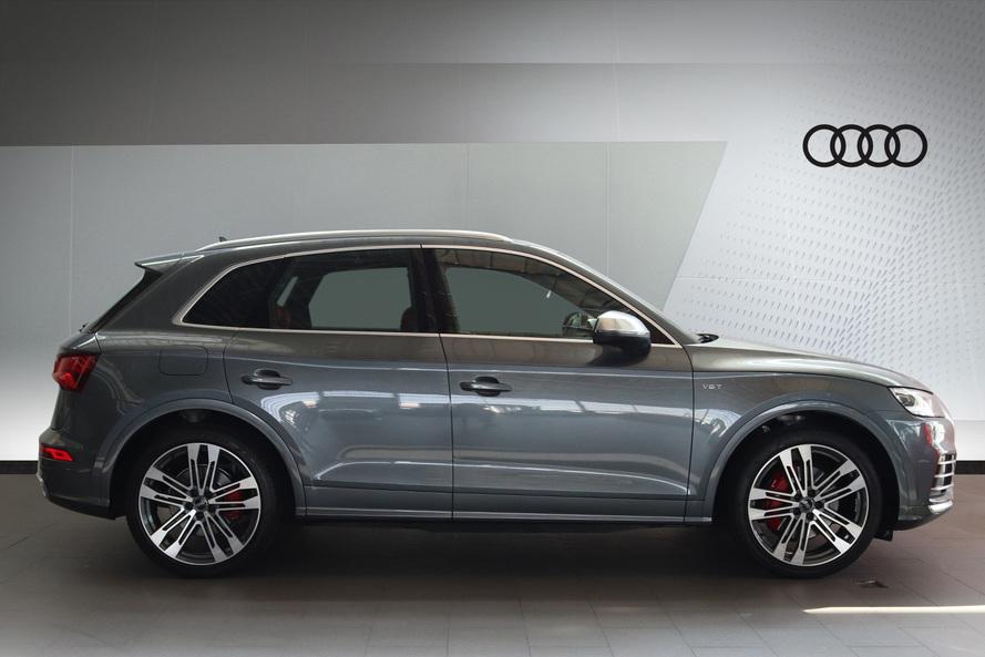 Audi SQ5 quattro