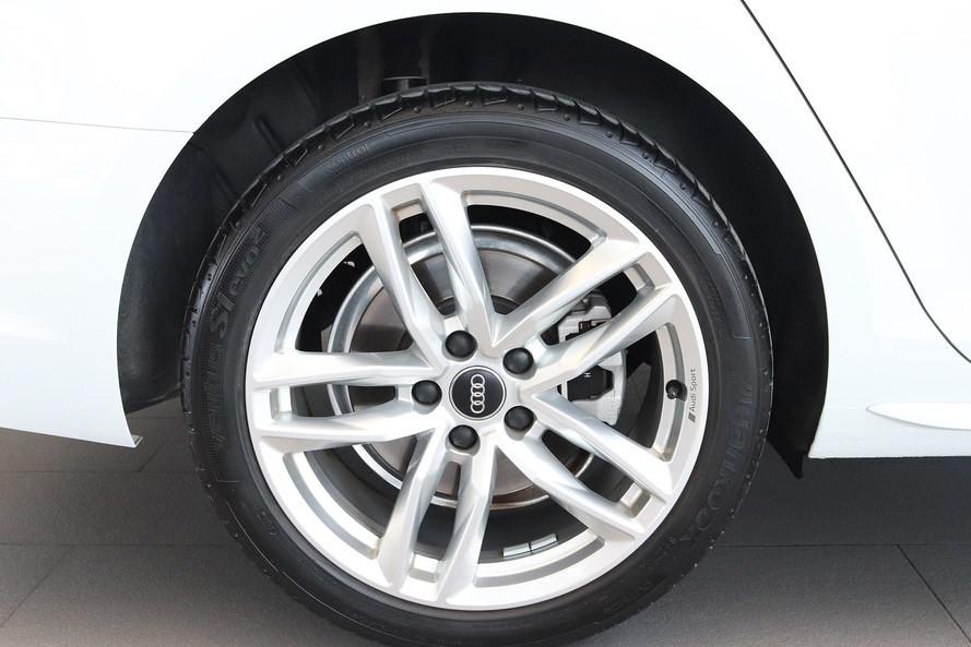 Audi A4 40 TFSI