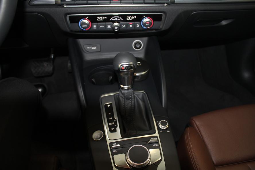 Audi A3 Sedan Sport 1.4 TFSI S tronic (Ref#5637) - 2019