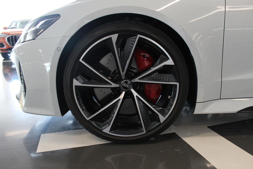Audi RS7 Sportback quattro 600hp Carbon - 2021